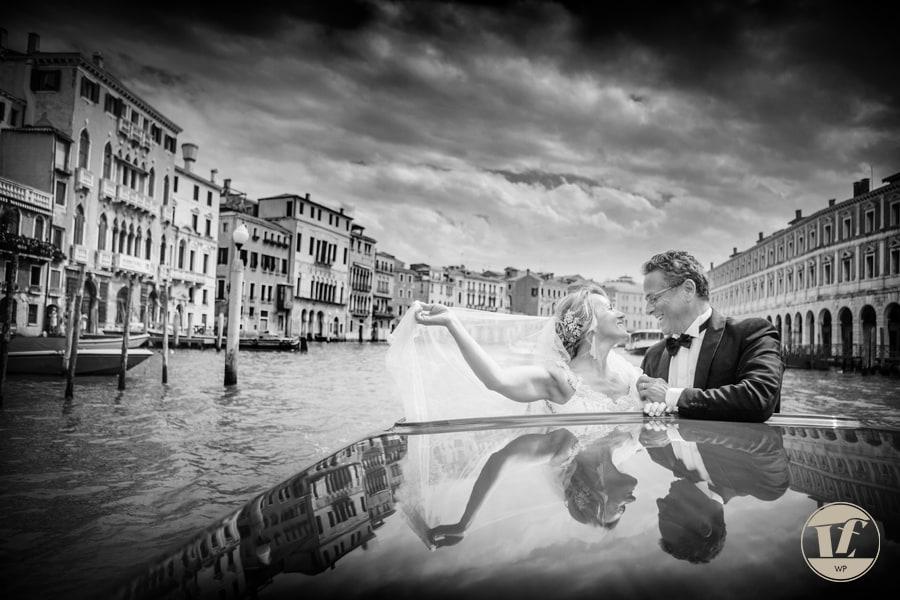 Matrimonio a Venezia. Fotografo matrimonio. Hotel Cà Sagredo. Luca Fabbian fotografo