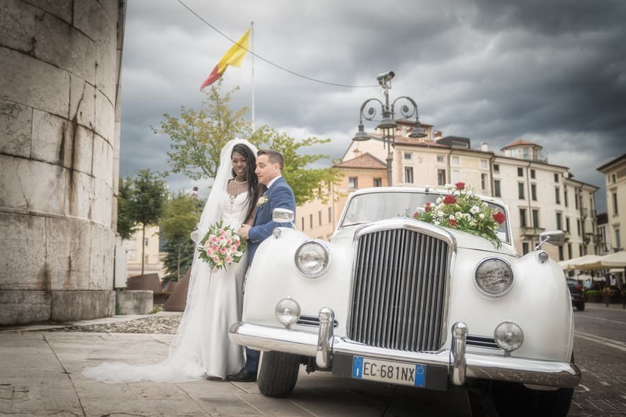 Carla e Loris. Matrimonio multietnico a Schio, Vicenza. Reportage fotografico di matrimonio