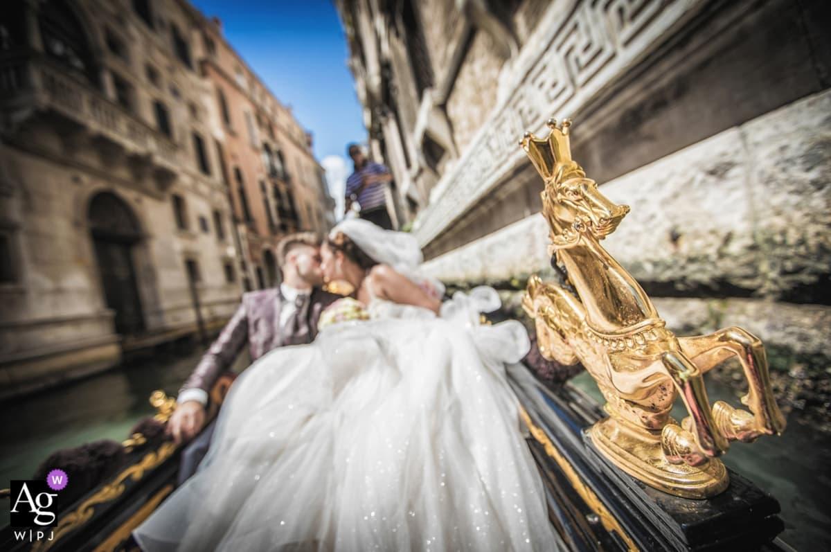 International wedding photography award. Luca Fabbian award winning wedding photographer Venice, Italy