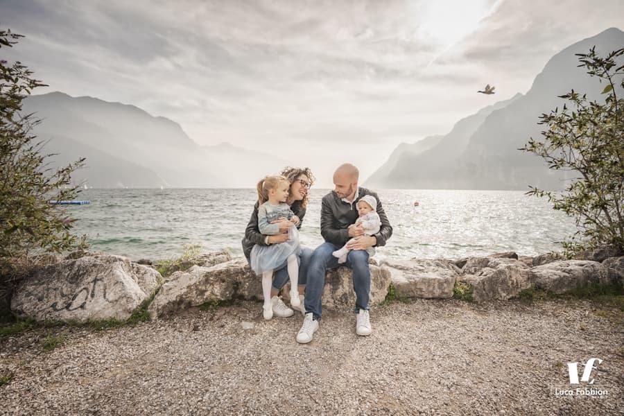 fotografo famiglia lago di garda