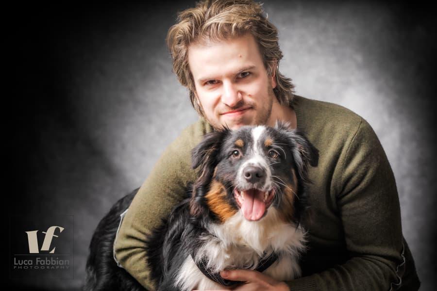 Ritratto uomo con il suo cane