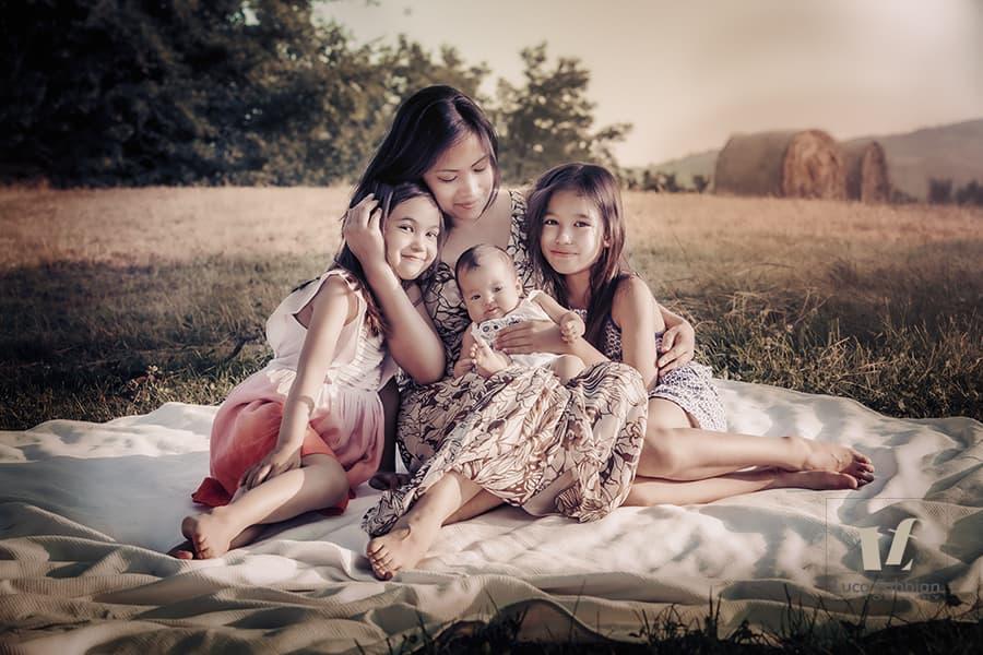 fotografia mamma e figlie Vicenza