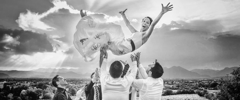 Festeggiamenti sposa al matrimonio sui Colli Euganei in provincia di Padova